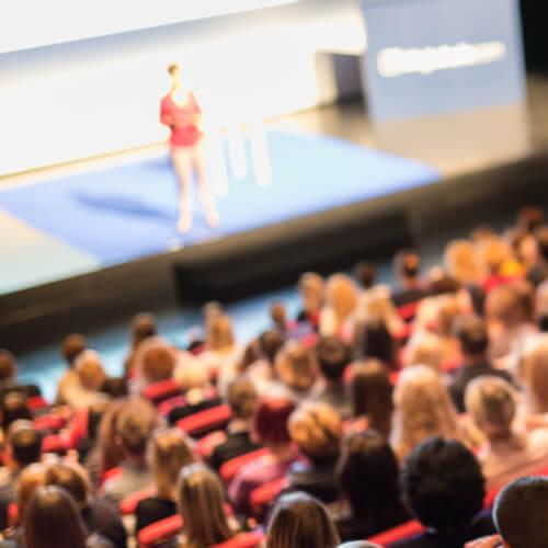 Topluluk Önünde Konuşmanın Temel İpuçları ve Heyecan Kontrolü Video Eğitimi